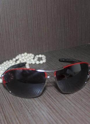 Красивые очки в тонкой оправе со звездой