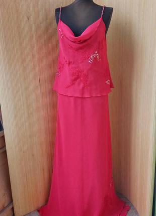 Вечернее  красное платье    шаль в подарок