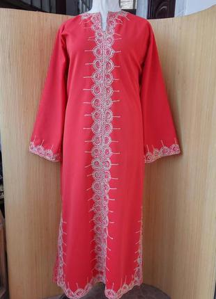 Красное длинное платье с длинным рукавом/ с вышивкой/  в этно стиле/ абая