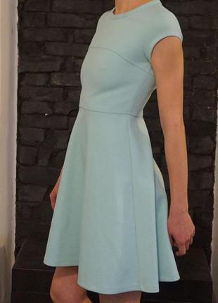 Бирюзовое платье из неопрена
