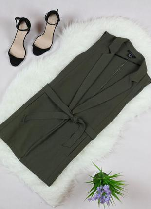 Актуальная удлиненная жилетка с карманами по бокам