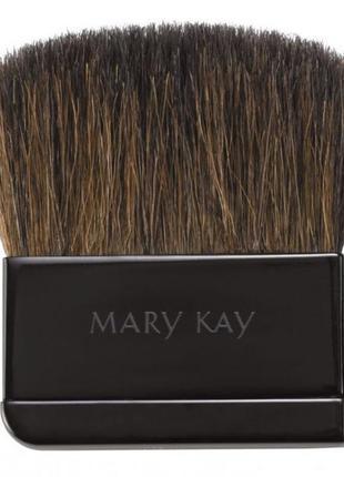 40% скидка . компактная кисть для пудры mary kay