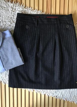 Шикарная классическая юбка tommy hilfiger