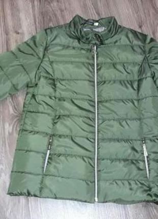 Тёплая деми куртка