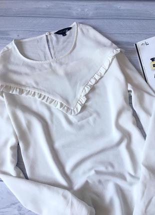 Стильная блуза с рюшами от new look