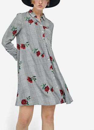 Платье stradivarius р. s, цветочный принт, вискоза,в клетку,рубашка