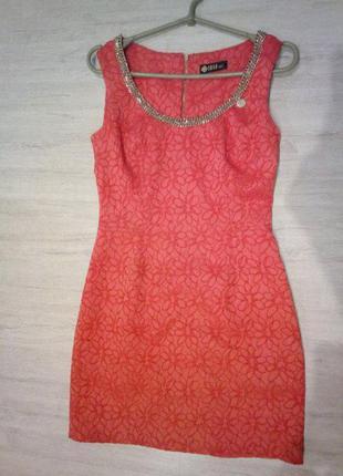 Летнее нарядное коралловое платье, размер м-l