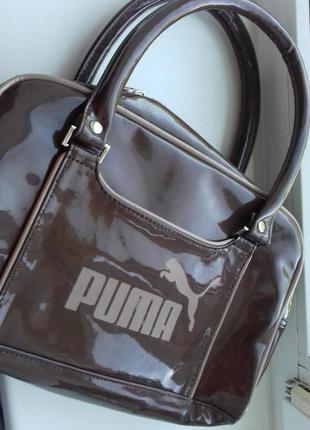 Лаковая сумка пума среднего размера