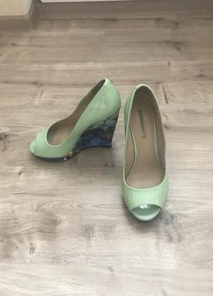 Летние туфли paolo conte на танкетке. натуральная кожа