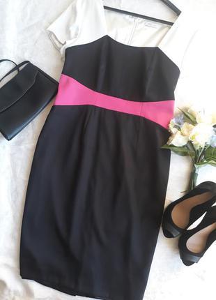 Стильное платье berkertex