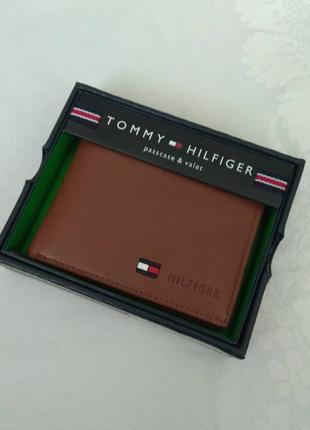 c4ff4a485650 Кожаный кошелек tommy hilfiger фирменный бумажник оригинал из сша ...