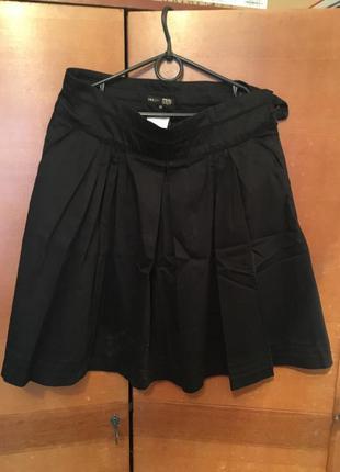 Строгая юбка-миди