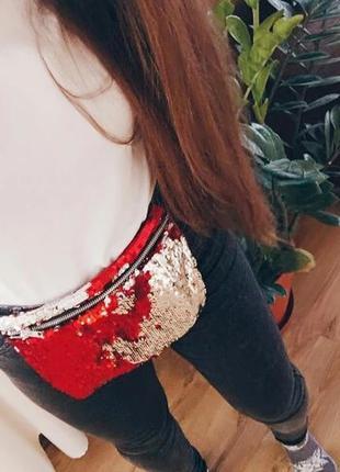 Двухцветная сумочка в пайетках-перевертышах (красная с серебристым)