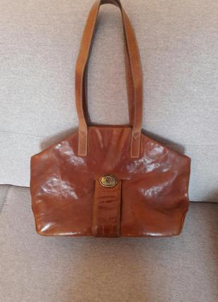 Шикарная, большая ,кожаная сумка италия