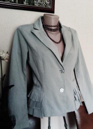 Фирменный итальянский оригинальный пиджак-жакет от zidane хлопок р.м-л