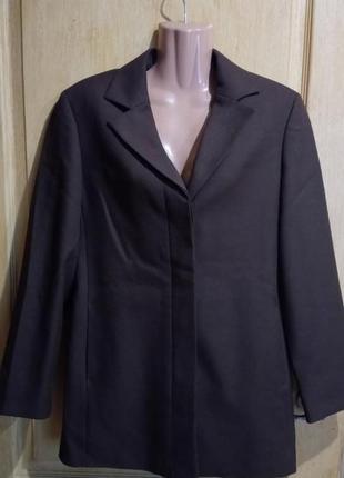 Фирменный жакет пиджак пр-во италия