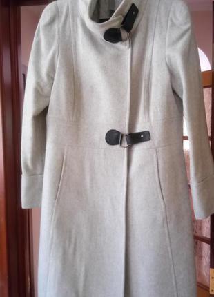 Демисезонное пальто mango