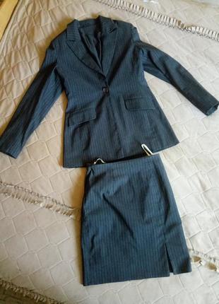 Костюм (пиджак+юбка)