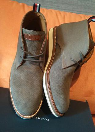 Tommy hilfiger новые кожаные туфли 44 размер