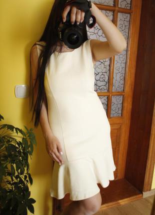 Красивое нарядное платье волан миди