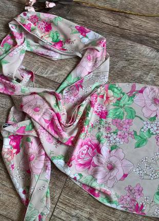 Очень красивая шелковая шаль от betty barclay/розы/цветы/оригинал 100%