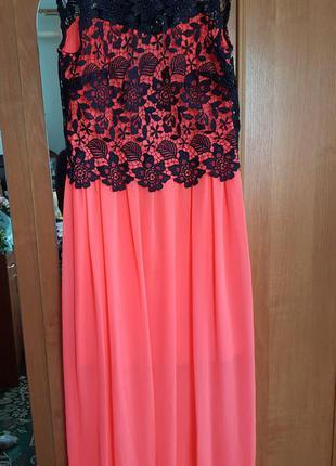 Замечательное шифоновое платье в пол