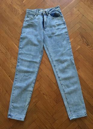 Трендовые джинсы bershka
