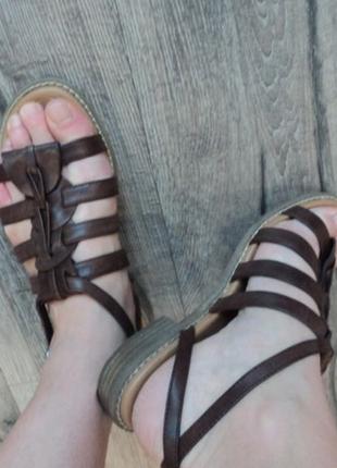 Босоніжки footglove сандалі