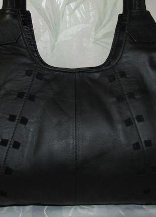 Вместительная сумка 100% кожа - marks & spencer -