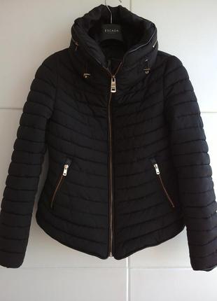 Куртка из стеганой ткани с потайными капюшоном zara