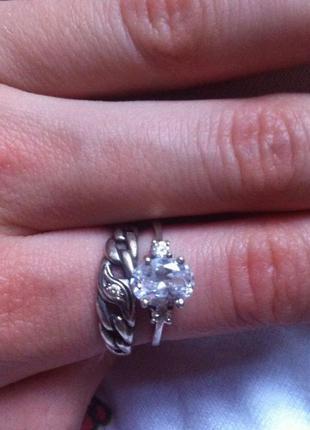 2 серебряных кольца - из accessorize и заводское