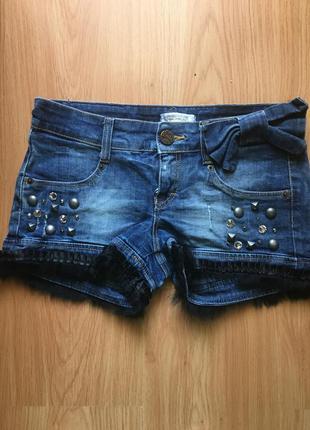 Продам джинсовые шорты justor