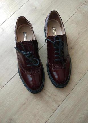 Туфлі basconi на низькому каблуку