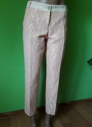Стильные фактурные укороченные брюки