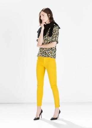 Стильные джинсы, котоновые штаны, брюки приталенные, зауженные слим, скинни с молниями