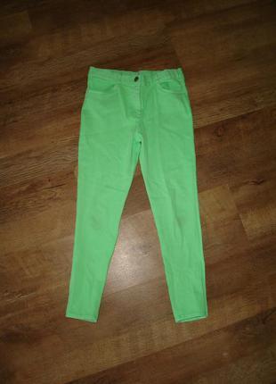 Стрейчевые салатовые брюки, джинсы на 7-8 лет от george, талия регулируется