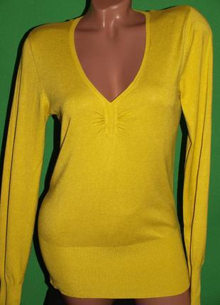 Красивый мягкий свитер (м замеры) 80% вискоза + нейлон, хорошо смотрится.