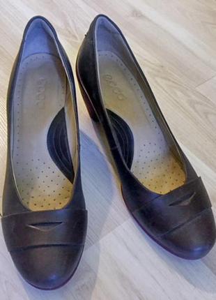 Продам удобные и красивущие туфли ecco