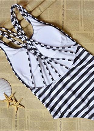 Полосатый, стильный купальник цельный купальник3 фото