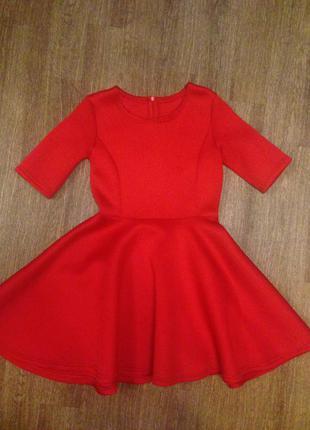 Красное неопреновое платье