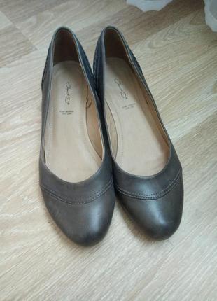 Кожаные туфли janet d.  39р.