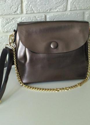 Вместительная кожаная сумочка на длинной ручке пуговка 2 bronze