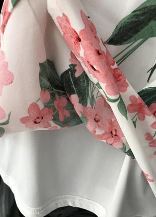 Блуза в цветы5 фото