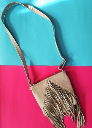 Модная сумочка с бахромой англия