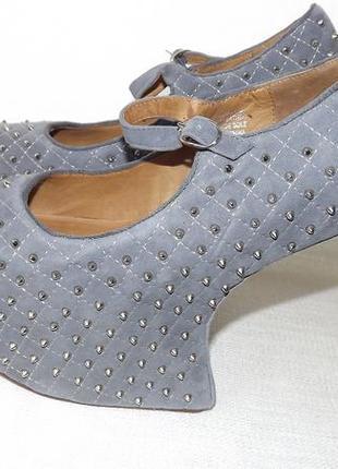 Туфли 39 размер с шипами замша jeffrey campbell 25 стелька