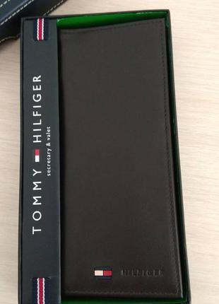 be69fa513fc5 Кожаный кошелек tommy hilfiger фирменный портмоне оригинал из сша ...