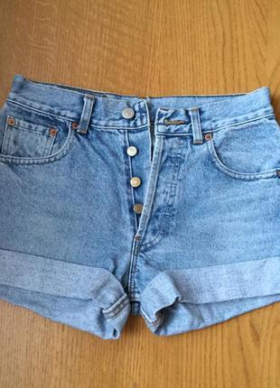 Очень крутые шорты джинсовые размер s