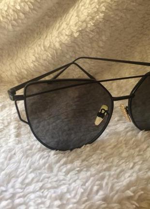 Стильные очки черная оправа серые линзы, кошачий глаз