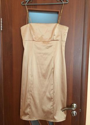 Платье женское стильная интересная модель