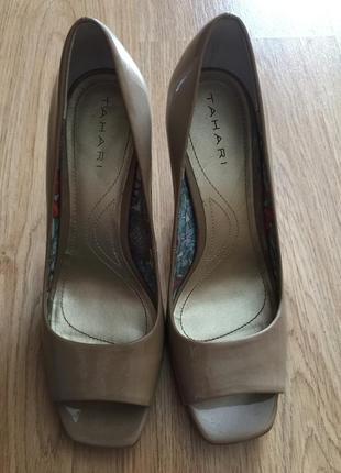 Бежевые лодочки, туфли на среднем каблуке, туфли с открытым носком, лаковые туфли